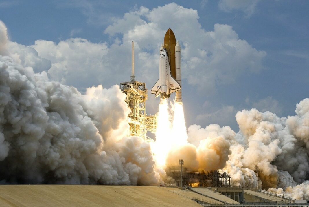Pourquoi le XRP de Ripple décolle cette semaine - pixabay rocket-launch-67643_1280
